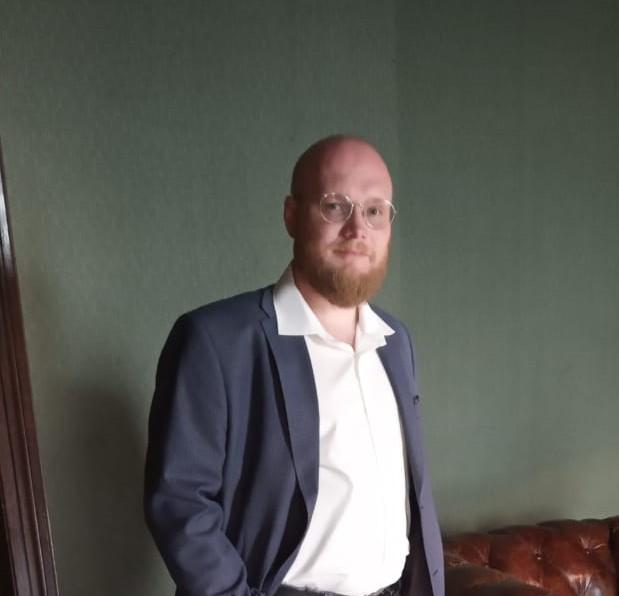 Дмитрий, финдиректор